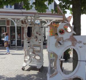 Mac-O-Bert update 17, Zandvoorts Museum, Raadhuisplein, Zandvoort, robert pennekamp, installatie, choose, pay, take away, kunst, kunstwerk, installatie